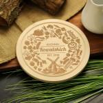 Zdjęcie produktu Wiejska Kuchnia - grawerowana drewniana deska do krojenia z personalizacją