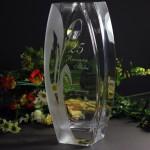 Zdjęcie produktu Diamond Tulip - grawerowany szklany wazon z kryształem Swarovskiego z personalizacją