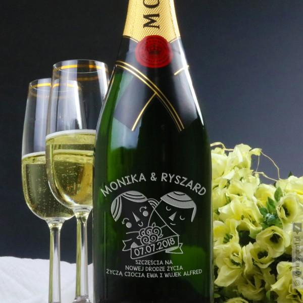 Miłosny Toast - grawerowany szampan Moët & Chandon z personalizacją
