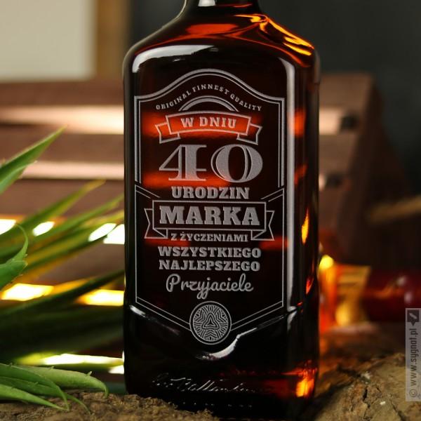 Classic - urodzinowa whisky Ballantine's z personalizacją