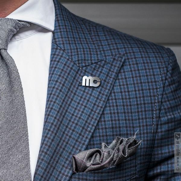 Pins Modern - personalizowana wpinka ze srebra do garnituru