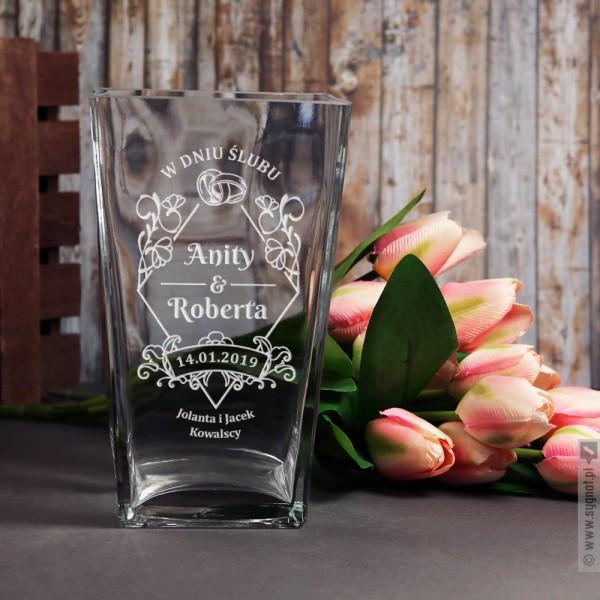 Ceremonia - grawerowany wazon z personalizacjąz okazji ślubu