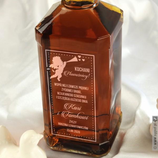 Nowożeńcy - grawerowana whiskey z personalizacją na ślub