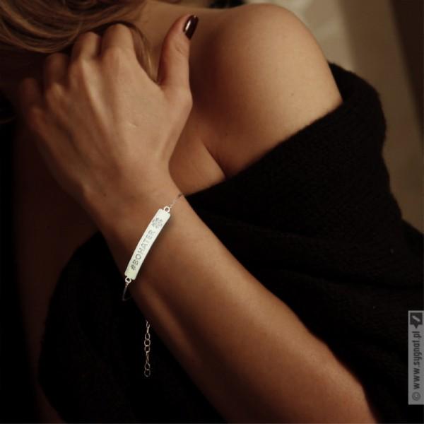 Ręcznie wykonana bransoletka ze srebra 925 grawerowana z personalizacjądla Medyka