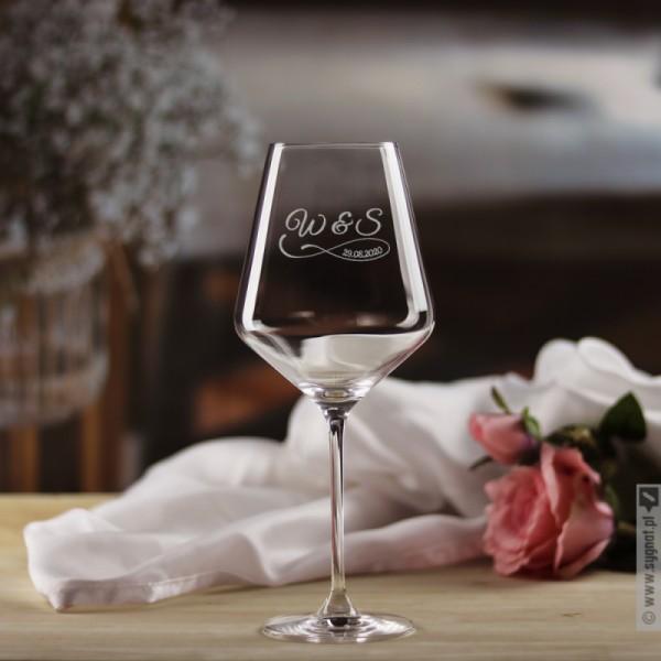 Kieliszek do wina z personalizacją dla pary z okazji ślubu 490ml