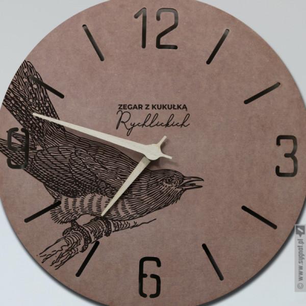 Zegar Z Kukułką - grawerowany zegar ścienny z personalizacją