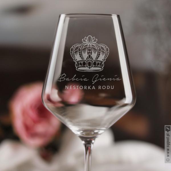 Nestorka Rodu - grawerowany kieliszek do wina