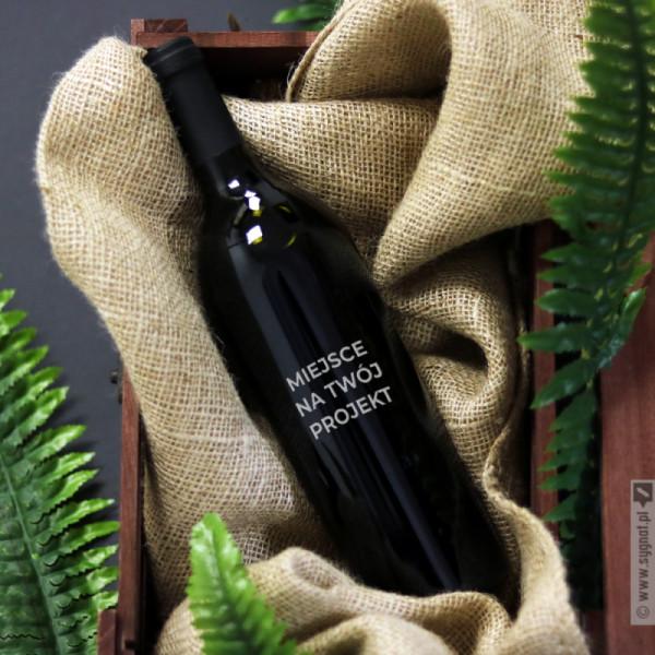 Wino z własną personalizacją