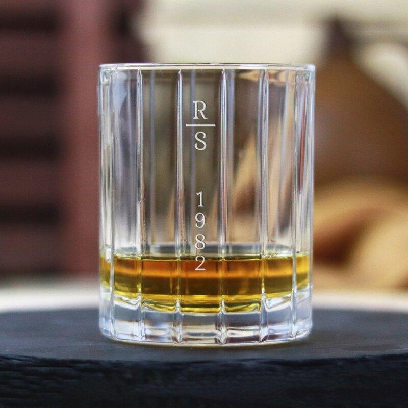 Zdjęcie produktu Simple - grawerowana szklanka do whisky z personalizacją