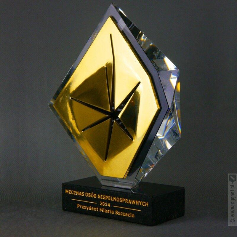 Zdjęcie produktu Kryształowy Przełom - statuetka okolicznościowa