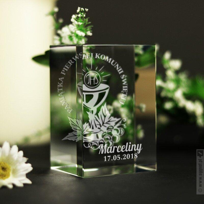 Zdjęcie produktu Szklana pamiątka I Komunii Świętej z personalizacją