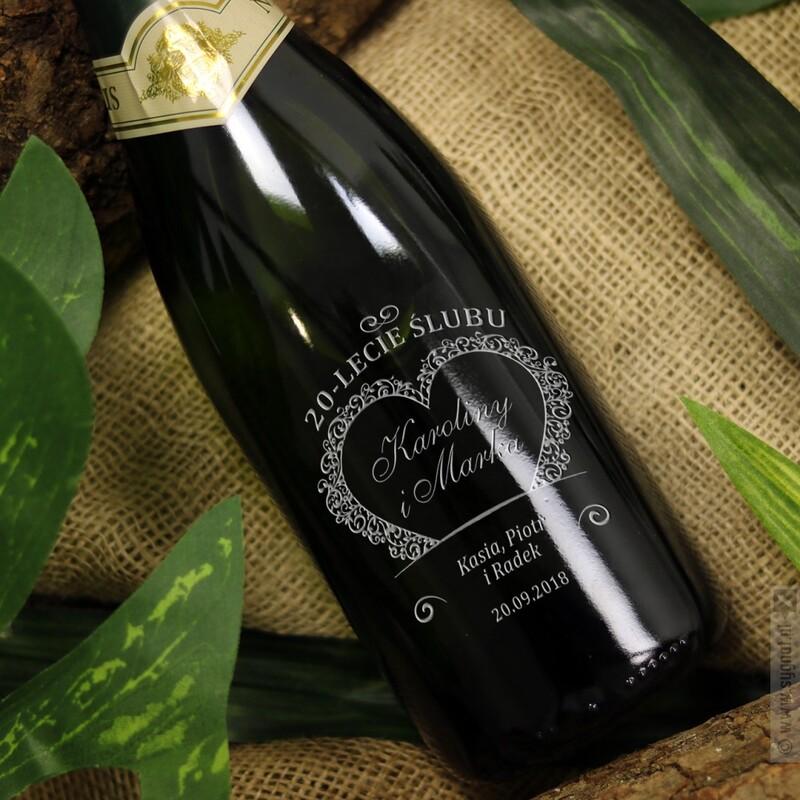 Zdjęcie produktu Taste Of Love - personalizowane wino musujące z grawerunkiem dla zakochanych