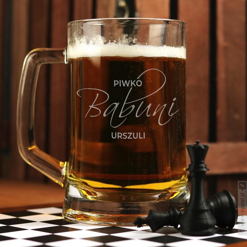 Zdjęcie produktu Piwko Babuni - grawerowany kufel z personalizacją dla babci 500ml