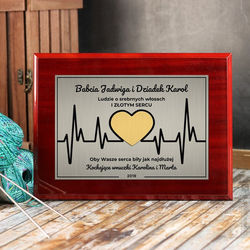 Zdjęcie produktu Złote Serce - grawerowany dyplom z personalizacjądla dziadków