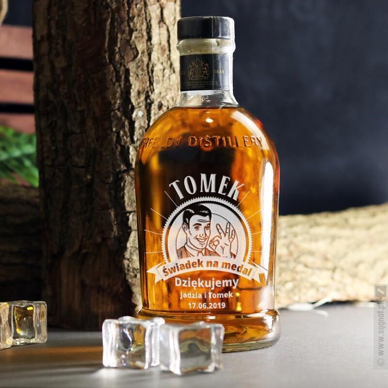 Zdjęcie produktu Świadek na Medal - personalizowana whisky Aberfeldy w podziękowaniu dla Świadka