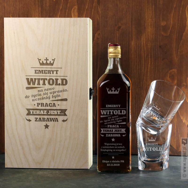 Zdjęcie produktu Zestaw Emeryta - whisky Johnnie Walker w komplecie z grawerowaną skrzynką i szklankami