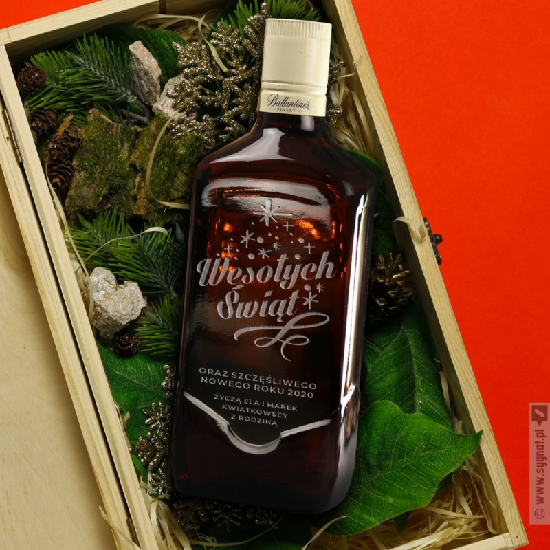 Zdjęcie produktu Świąteczne Życzenia - whisky Ballantine's w zestawie ze skrzynką