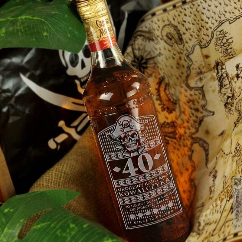 Zdjęcie produktu Urodziny Kapitana - grawerowany rum Kapitan Morgan z personalizacją