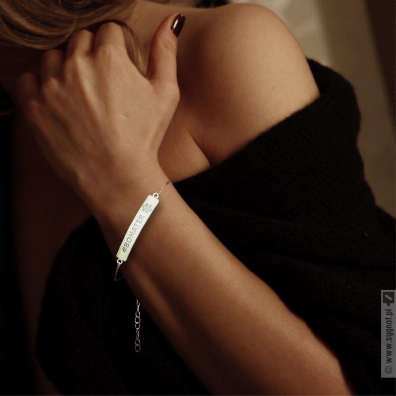 Zdjęcie produktu Ręcznie wykonana bransoletka ze srebra 925 grawerowana z personalizacjądla Medyka
