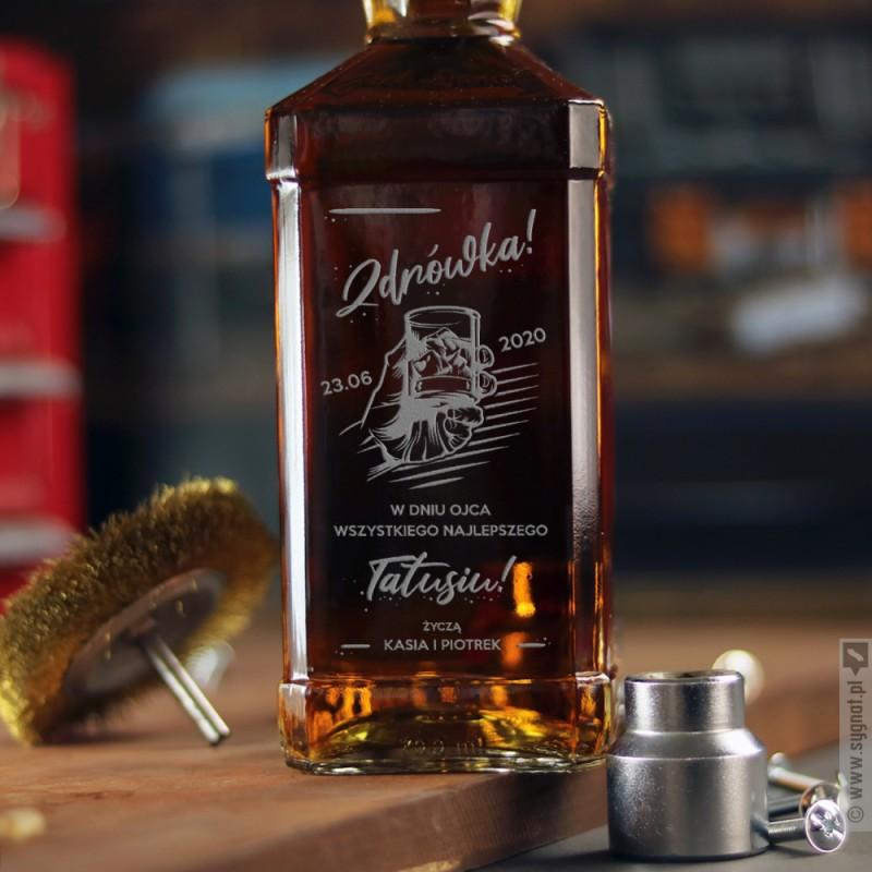 Zdjęcie produktu Zdrówka! - grawerowana whiskey z personalizacją dla Taty na Dzień Ojca