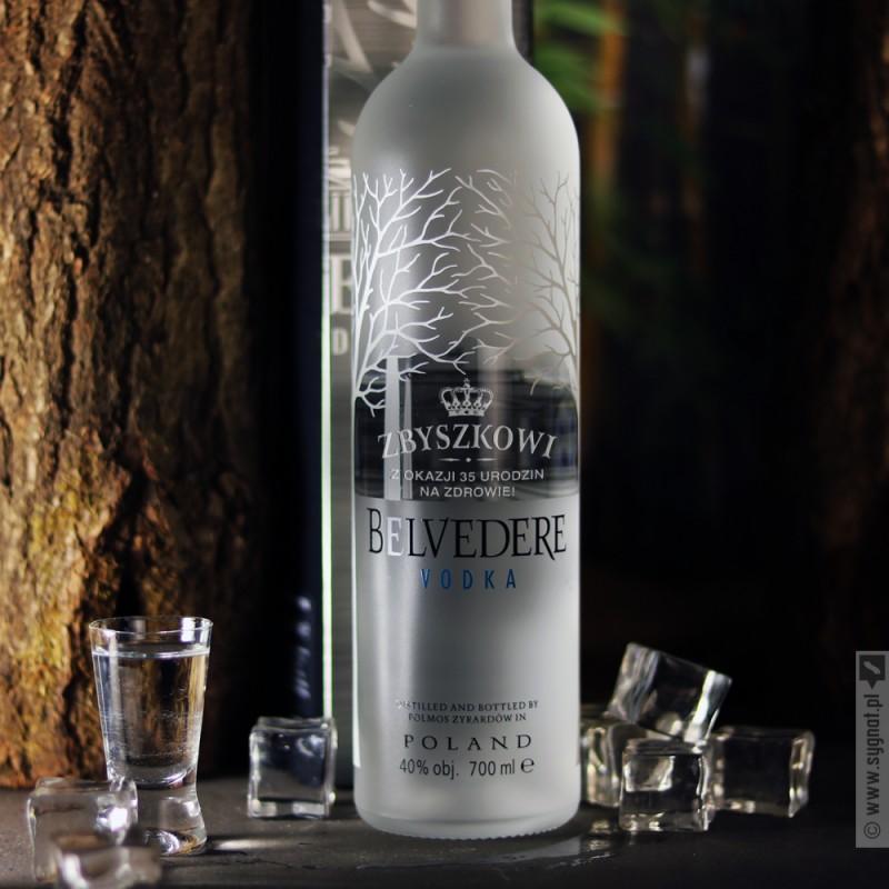 Zdjęcie produktu Korona - grawerowana wódka Belvedere z personalizacją na dowolną okazję