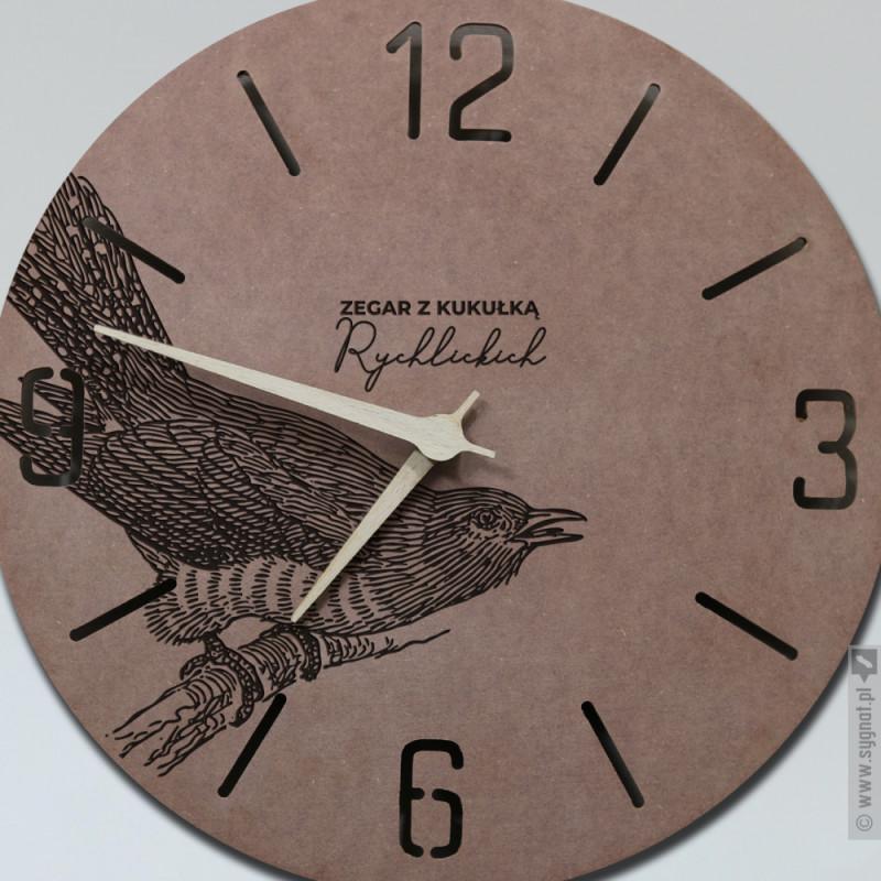 Zdjęcie produktu Zegar Z Kukułką - grawerowany zegar ścienny z personalizacją