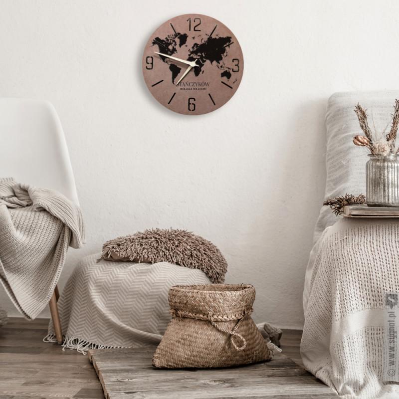Zdjęcie produktu Nasze Miejsce - grawerowany zegar ścienny z personalizacją