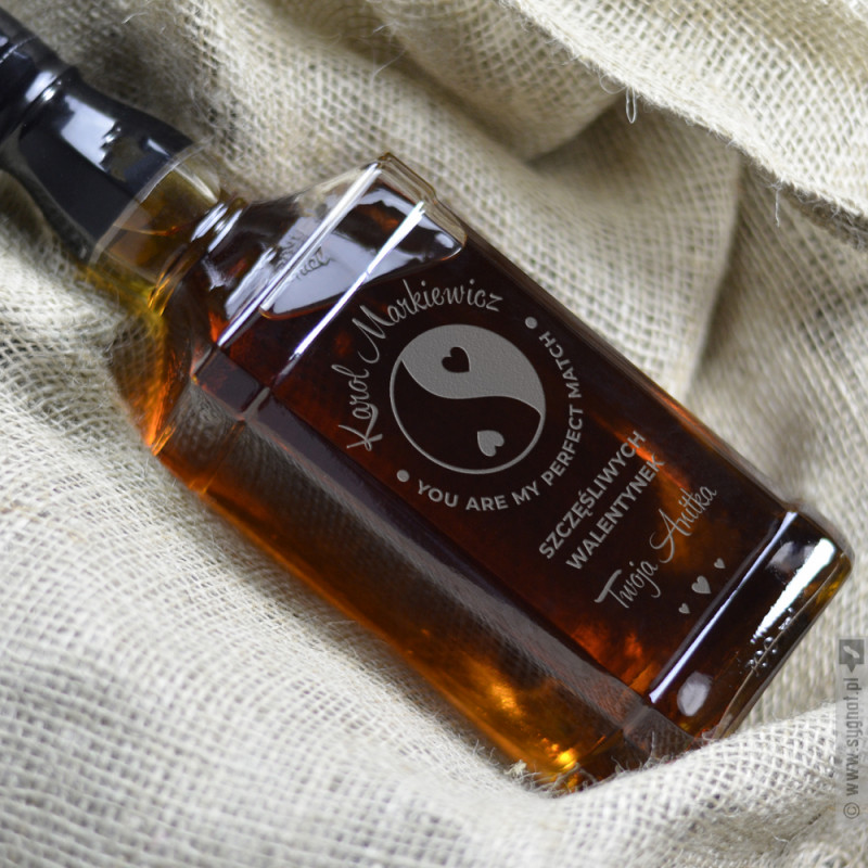 Zdjęcie produktu Perfect Match - grawerowana whiskey z personalizacją na Walentynki