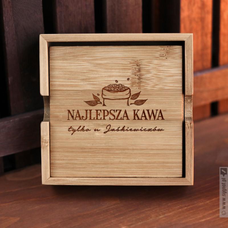 Zdjęcie produktu Najlepsza Kawa - zestaw grawerowanych podkładek bambusowych z personalizacją