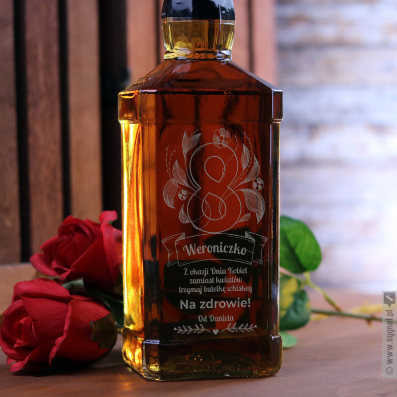 Zdjęcie produktu Zamiast Kwiatów - grawerowana whiskey z personalizacją na Dzień Kobiet