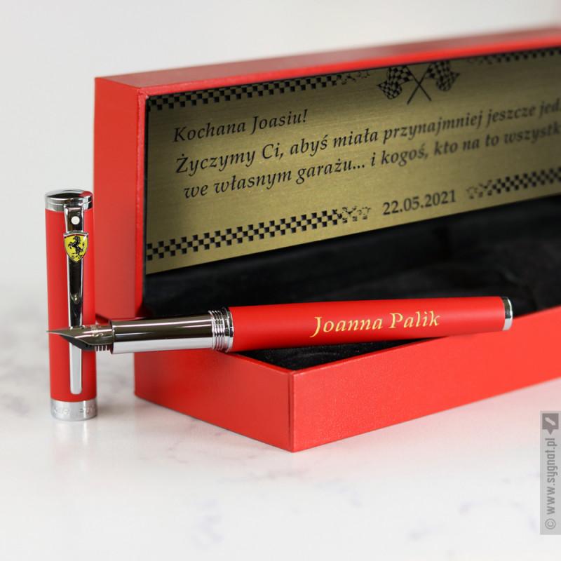 Zdjęcie produktu Grawerowane pióro wieczne Sheaffer Ferrari w kolorze czerwonym z personalizacją