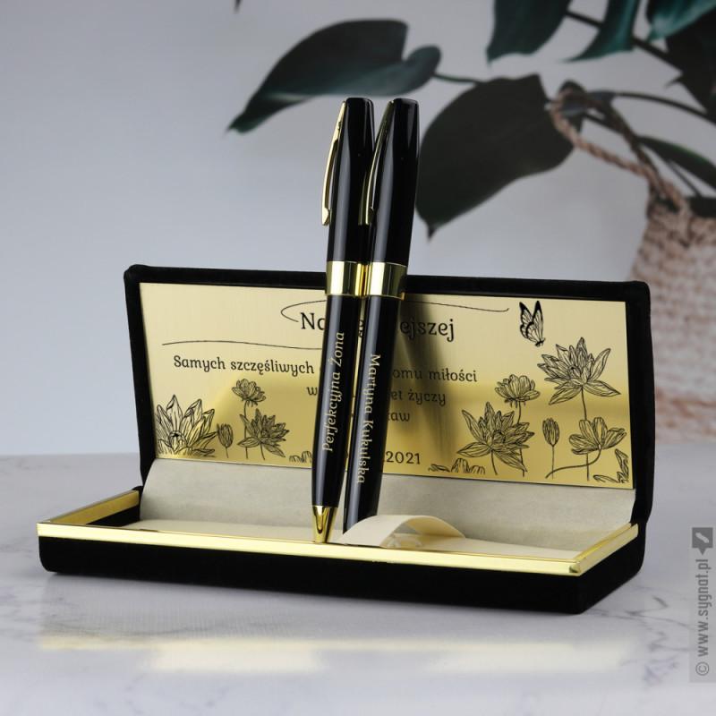 Zdjęcie produktu Najpiękniejsza - grawerowany zestaw piśmienniczy z personalizacją dla niej w welurowym etui