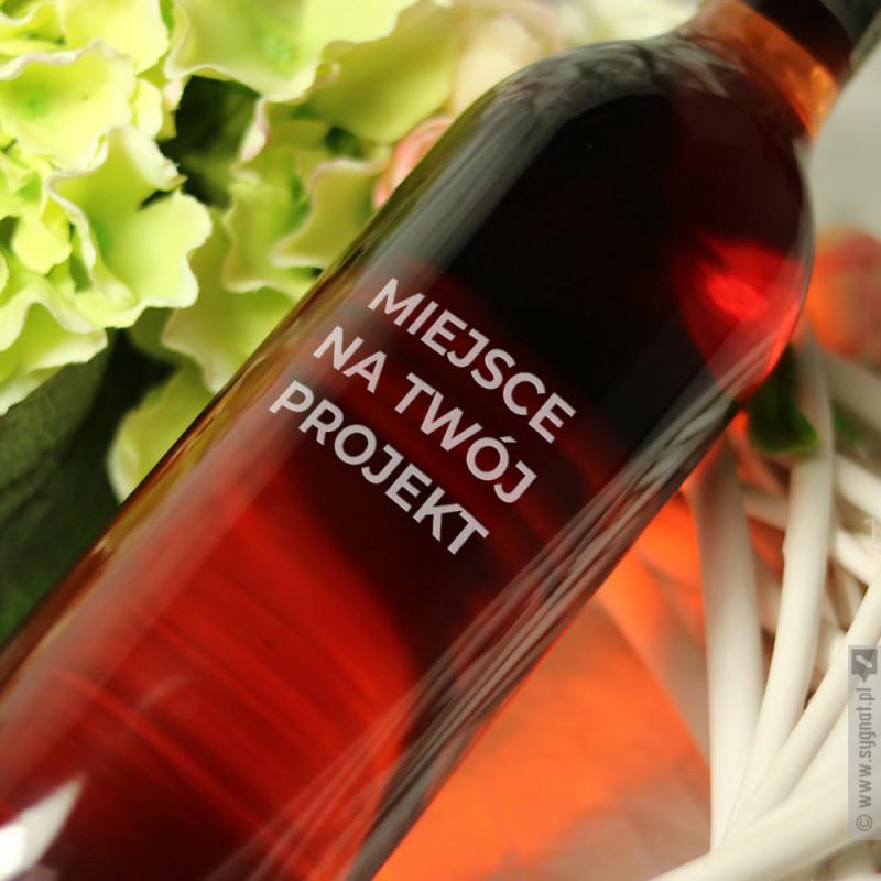 Zdjęcie produktu Wino Carlo Rossi z własną personalizacją