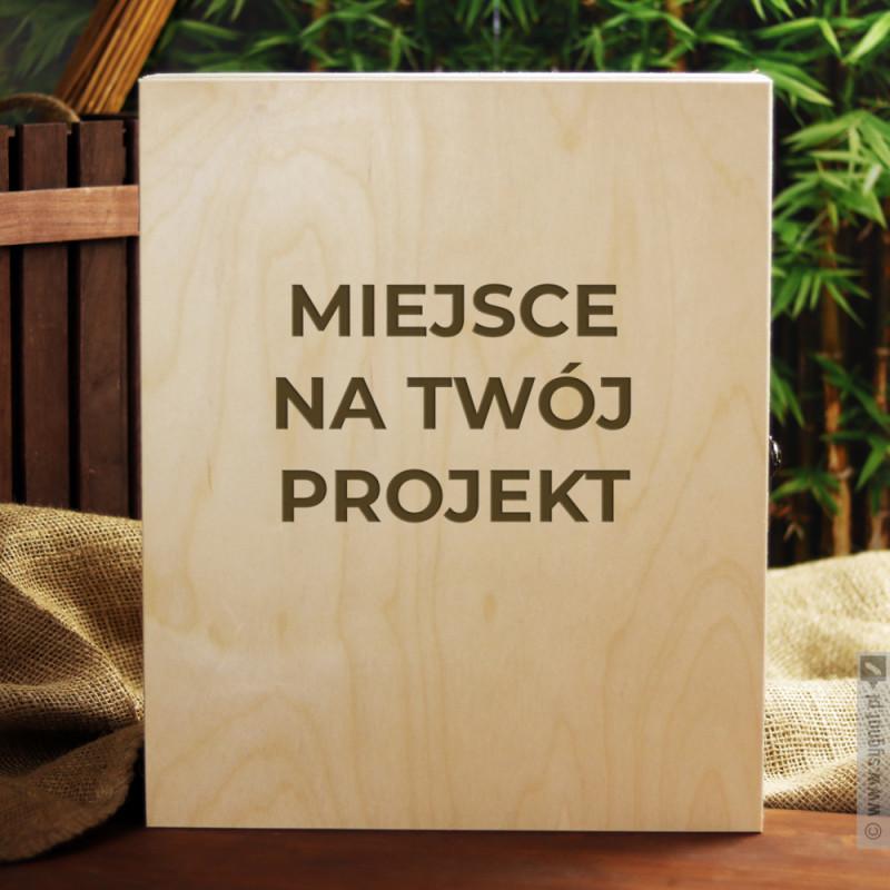 Zdjęcie produktu Trzyrzędowa skrzynka z własną personalizacją