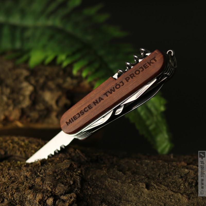 Zdjęcie produktu Grawerowany scyzoryk w ciemnym kolorze z własną personalizacją