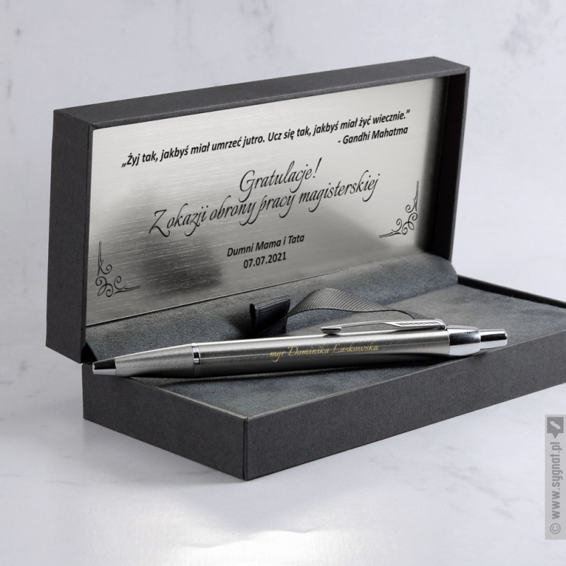Zdjęcie produktu Grawerowany długopis Parker z personalizacją z okazji ukończenia studiów